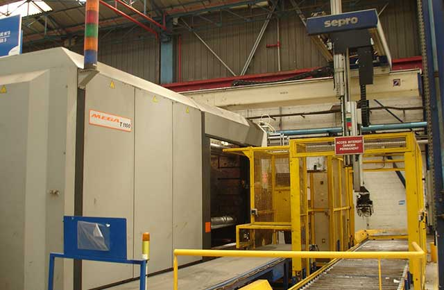 Injection moulding machine SANDRETTO